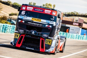 Renalt Sport Truck