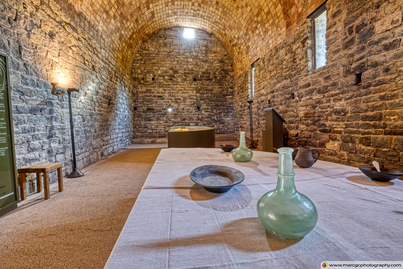Sant Pere de Casserres Monastery, Refectory (Catalonia)